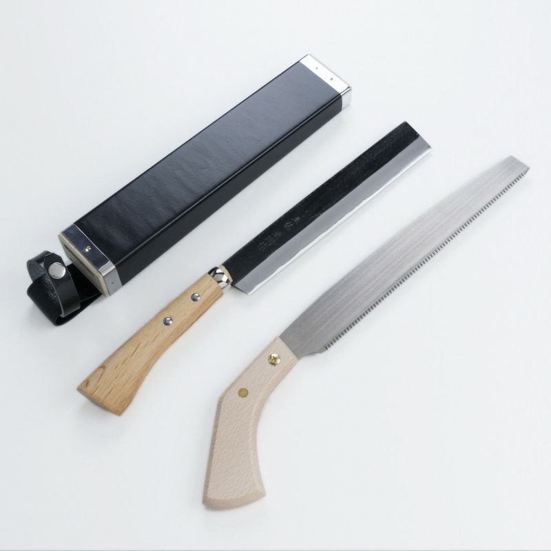 竹用 鉈・鋸セット 二丁差しケース付き 極上 黒打竹割鉈 両刃210mm 替刃式 竹挽鋸240mm